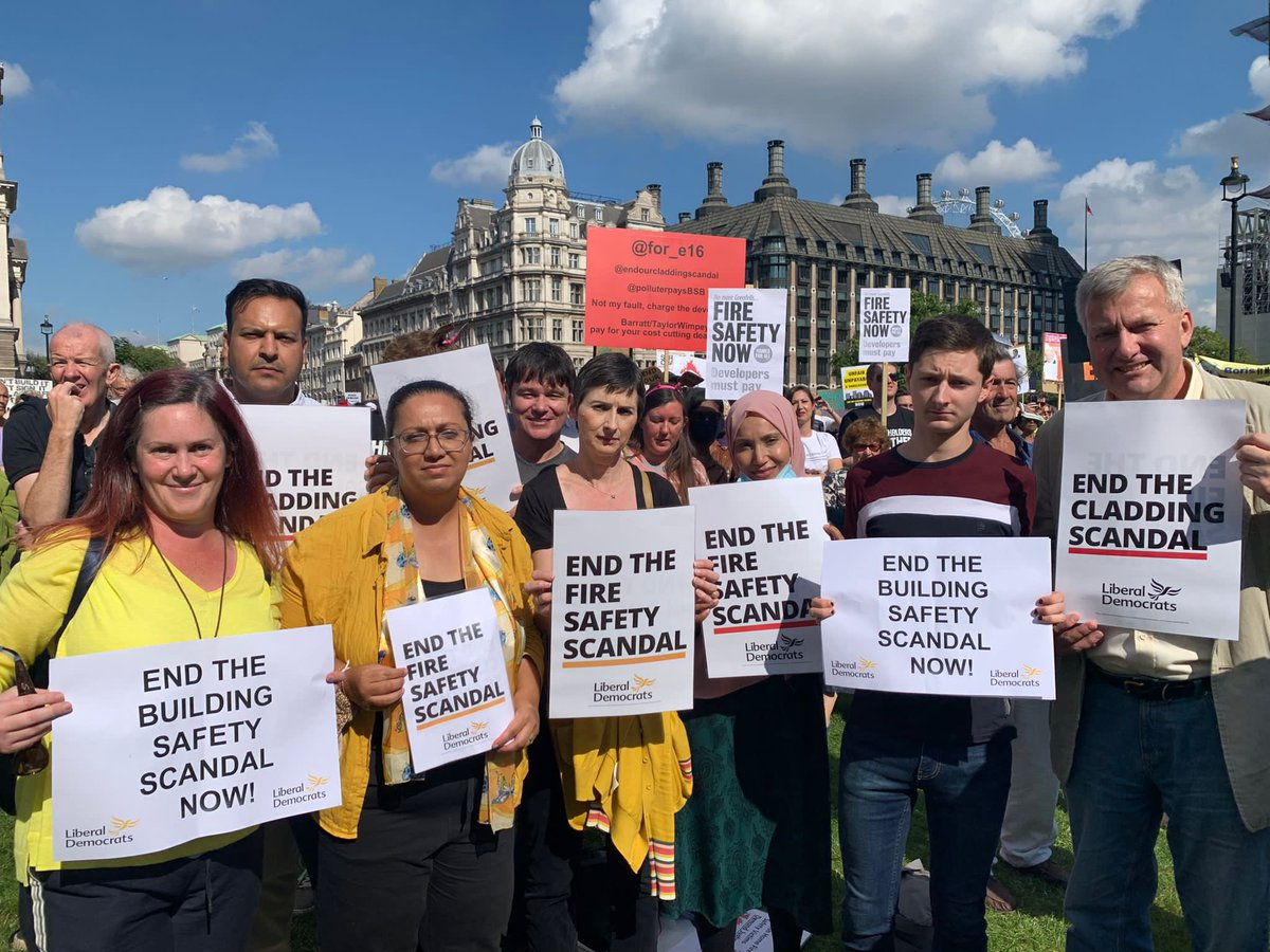 Campaigning with Leaseholders Together to end the building safety crisis